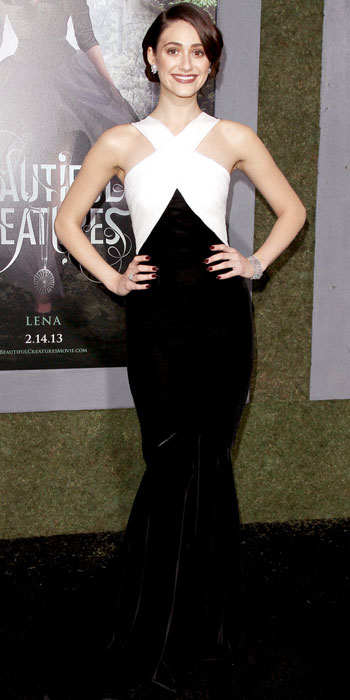 emmy rossum body shape - photo #2