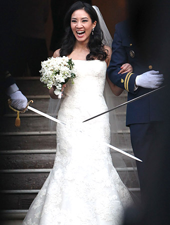 Michelle Kwan Vera Wang wedding dress