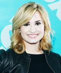 How to Maintain Your Blond Hair Color Like Anne Hathaway and Demi Lovato