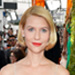 Claire Danes Photo-Bombed Lena Dunham At the Emmys, Julie Bowen Makes a Neutrogena Comeback and More
