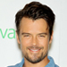 Josh Duhamel and Axl Jack Bond Over Sunday Football, Watch SNL's Skit About Moms and Grand Theft Auto V and More