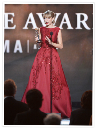 Taylor Swift 2013 CMA Awards