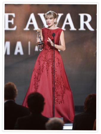 Taylor Swift 2013 CMA Awards