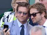 Selfie, Bradley Cooper and Gerard Butler