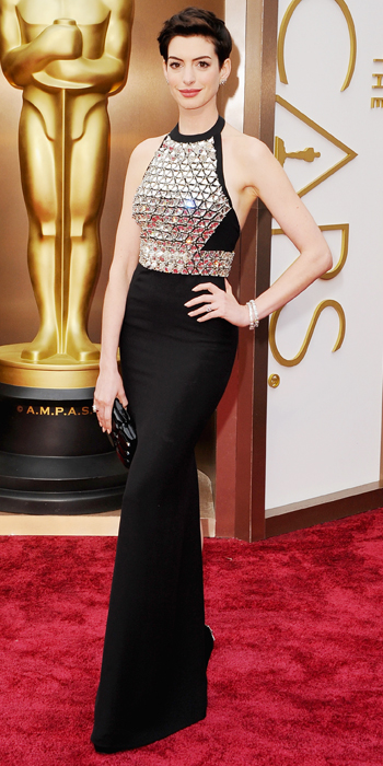 Oscars 2014 - Anne Hathaway in Gucci with Neil Lane jewelry