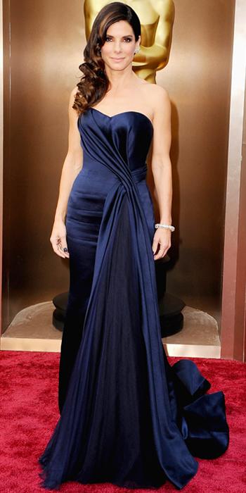 Oscars 2014 - Sandra Bullock in Alexander McQueen with Lorraine Schwartz jewels