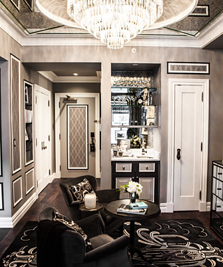Visit the Great Gatsby Suite at the Plaza for Zelda Fitzgerald's Birthday