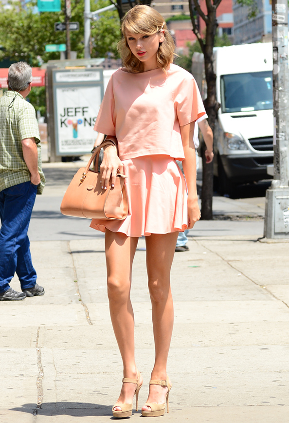 Taylor Swift in Alice + Olivia