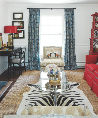 Flea Market Fabulous Makeovers by Lara Spencer