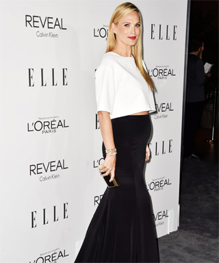 Chic Celebrity Maternity Style - Molly Sims, October 2014