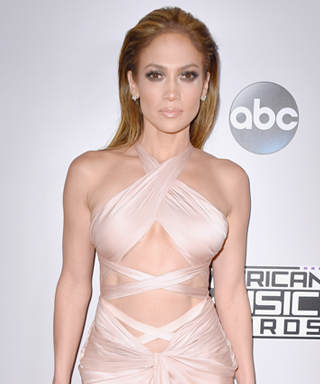 The Best Looks from the 2014 American Music Awards - Jennifer Lopez