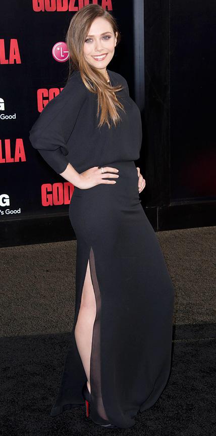 Elizabeth Olsen saugt Hahn