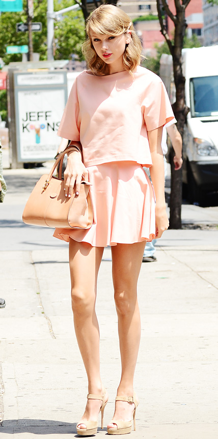 Taylor Swift in Alice + Olivia