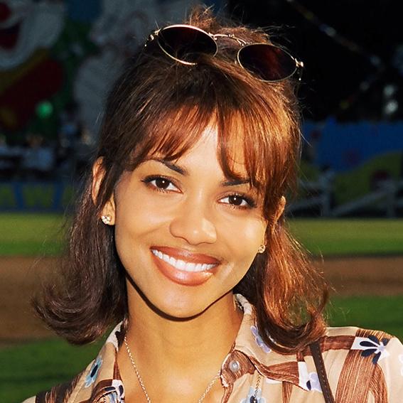 1996-halle-berry-567.jpg Halle Berry