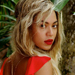 Beyoncé and Blue Ivy Wear Matching Bathing Suits, Snoop Dogg Gets a French Manicure, and More