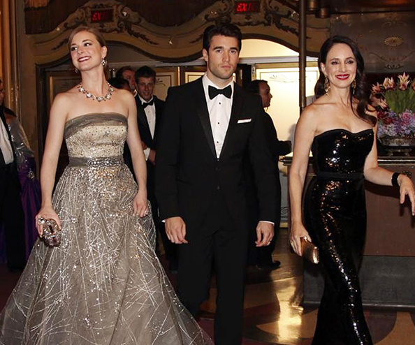 Revenge Season 3 Episode 16 Fashion Credits