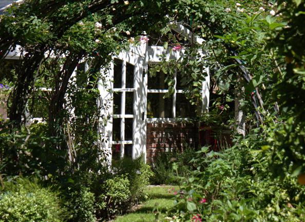 Elizabeth Taylor's Private Garden