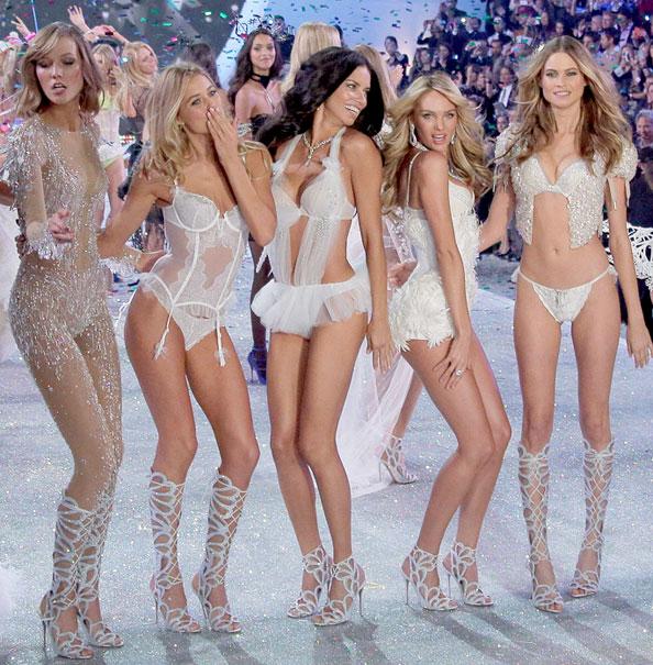 VS Fashion Show Moves