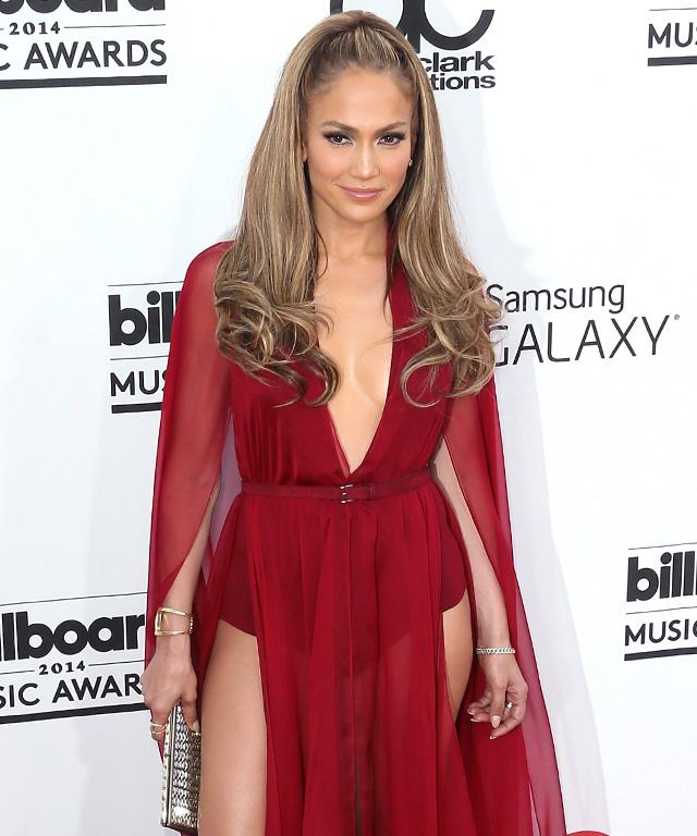 2014 Billboard Music Awards Red Carpet Fashion