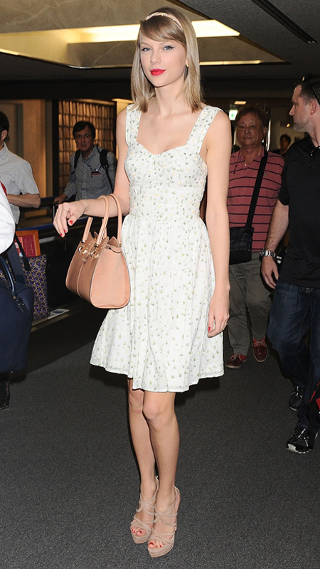 Taylor Swift Spring Style - Out in New York City - April 2014 |Taylor Swift May 2014