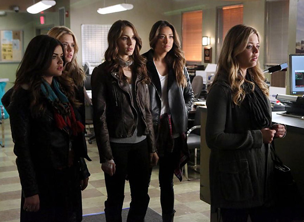 Pretty Little Liars Season 5 Fashion