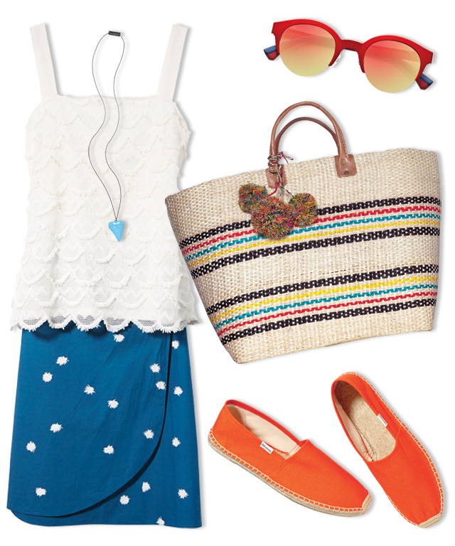 What to Wear to a Clambake