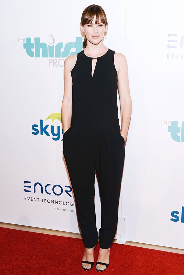 Jennifer Garner in Black Jumpsuit