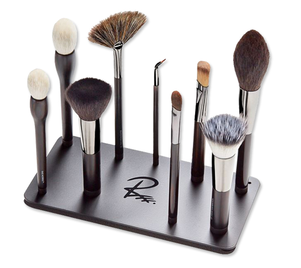 Magnetic Makeup Brushes