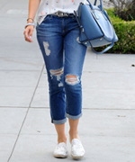 6 Cool-Girl Ways to Cuff Your Jeans