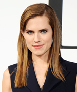 Allison Williams to play Peter Pan