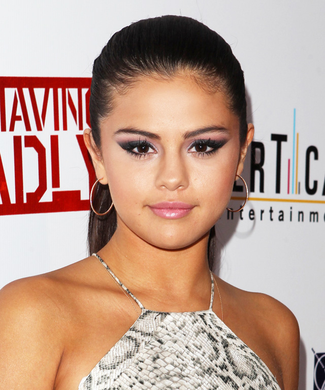 Selena Gomez Eye Makeup