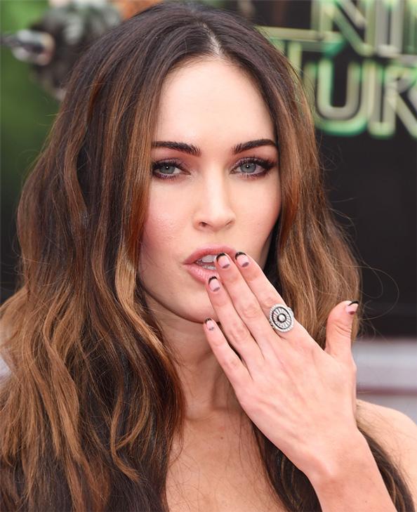 Megan Fox Manicure