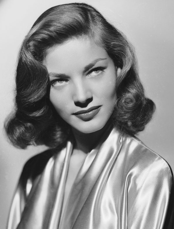 Lauren Bacall dies at 89.