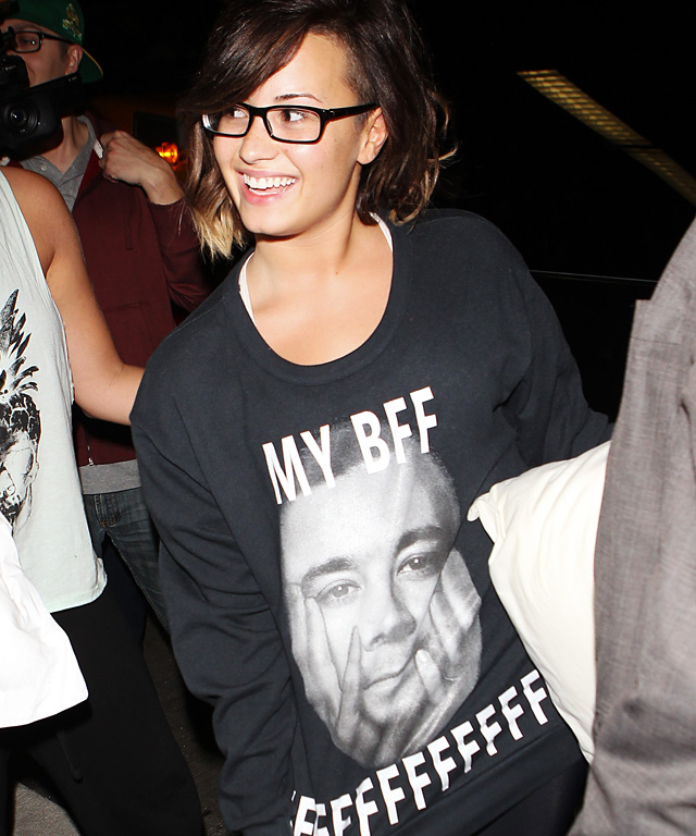 Demi Lovato wears Jimmy Fallon tee