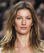 Gisele Bündchen Walks at Chanel