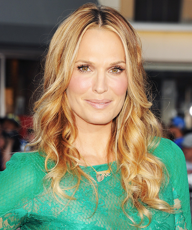 Molly Sims is pregnant.