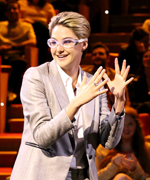 Shailene Woodley plays Pumpkin Time Bomb on Tonight Show.