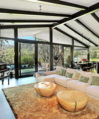 Chrissy Teigen, John Legend home