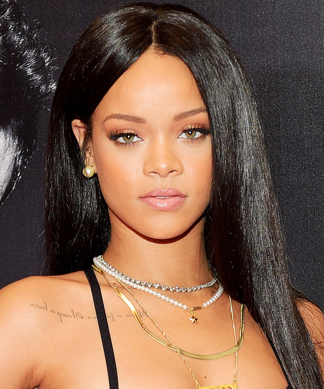 Rihanna is back on Instagram