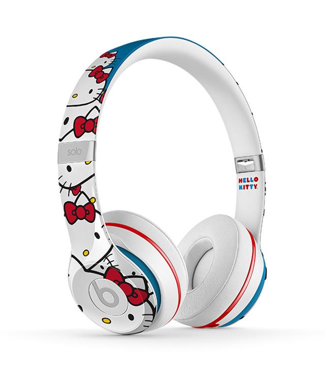 Hello Kitty x Beats by Dre
