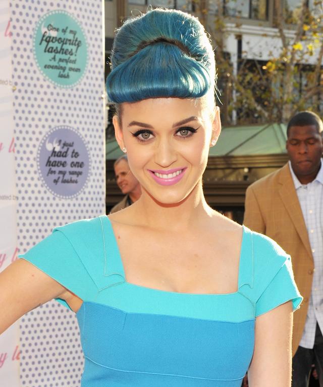 Katy Perry in Solange Azagury-Partridge