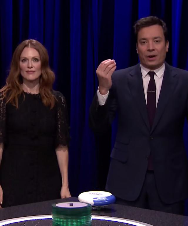 Julianne Moore Jimmy Fallon Tonight Show