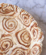 cinnamon roll crust