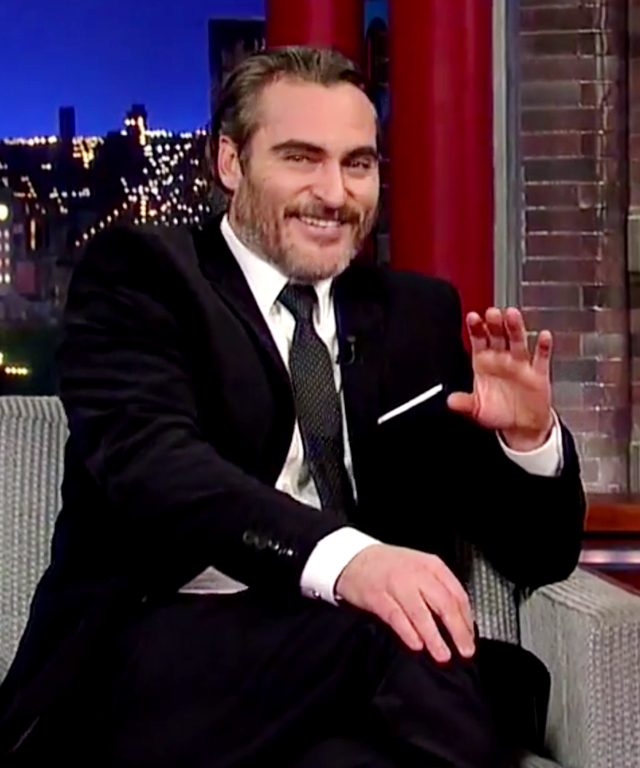 Joaquin Phoenix announces his engagement