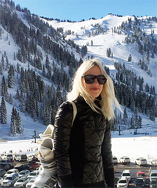 Travel Like an Editor: <em>InStyle</em>'s Ali Pew Goes Skiing In Utah - Chic & Functional Ski Pieces