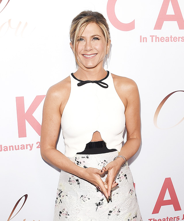 Jennifer Aniston in Giambattista Valli