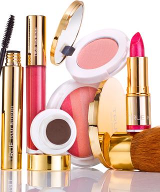 Isaac Mizrahi Makeup