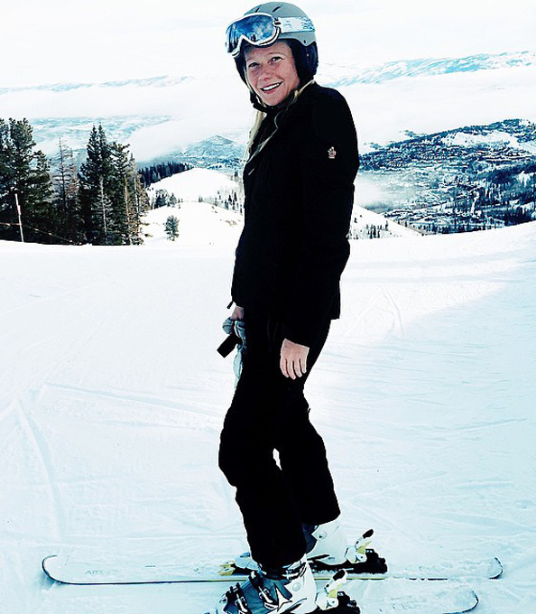 Gwyneth Paltrow Posts Makeup-Free Photo On Ski Slope