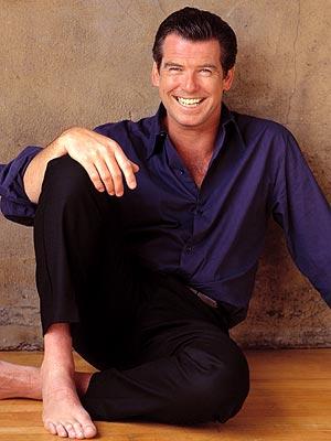 PIERCE BROSNAN: 2001 photo   Pierce Brosnan