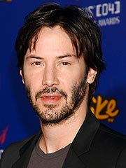 Keanu Digs In to Austin Scene